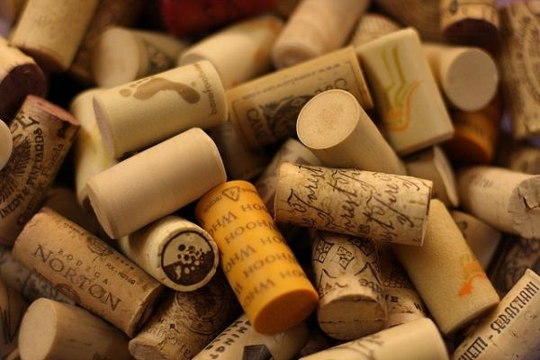 How to remove the smell of wine cork