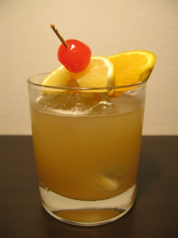 Whiskey sour: cocktails with whisky