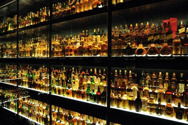 The 10 top-selling Scotch whisky brands in the world