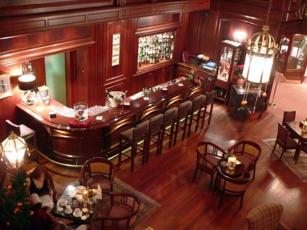 The TOP 10 of the World's Best Bars