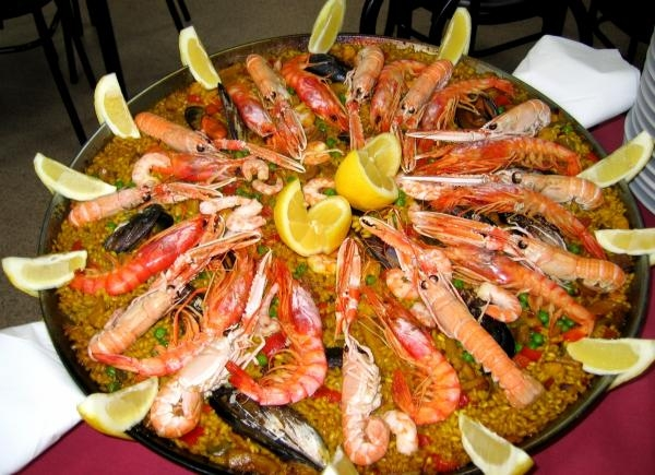 Which wines are best to pair with paella?