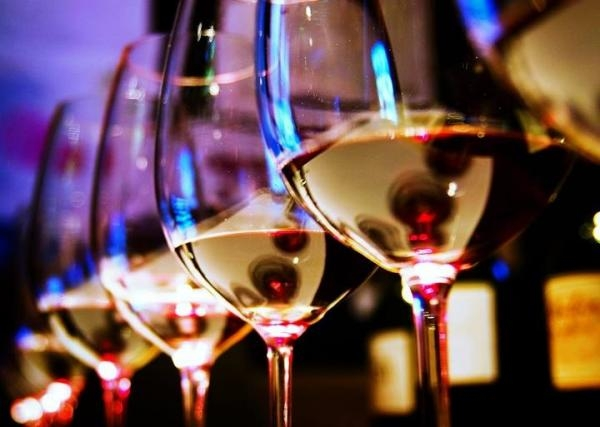 How to alternate different wines at New Year's Eve dinner