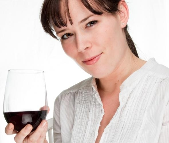Excess of alcohol could cause infertility; moderate consumption, not