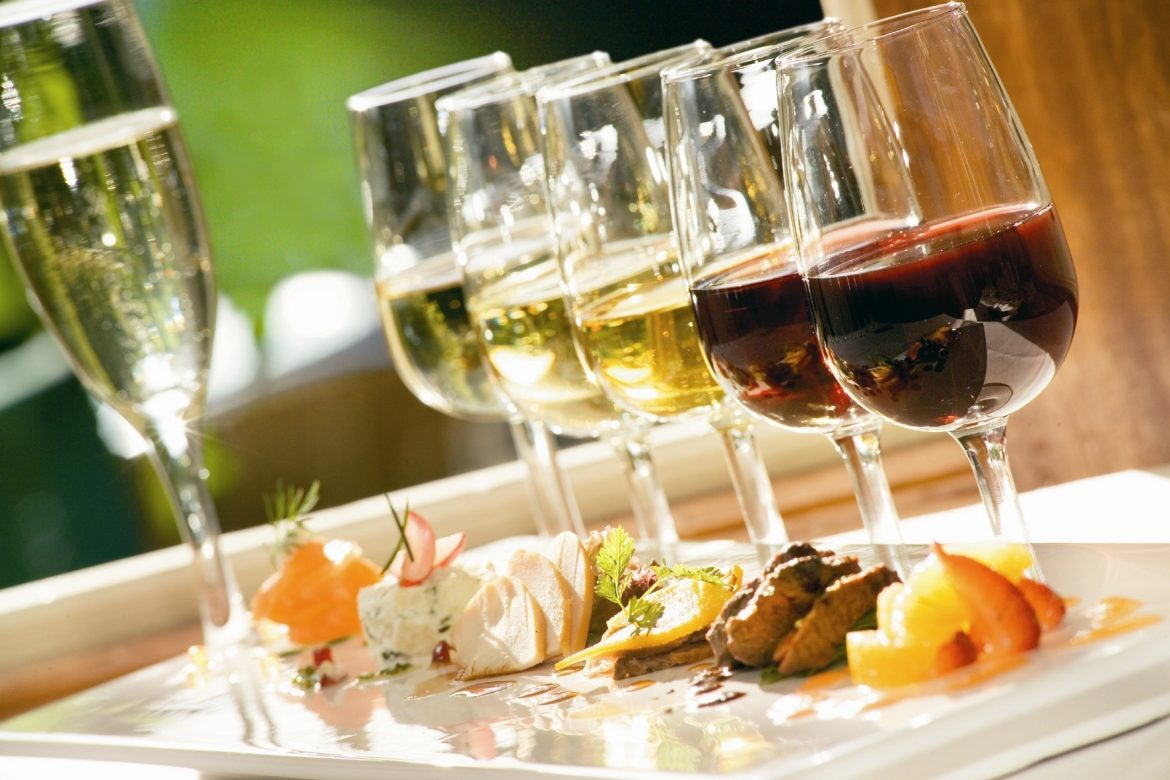 3 Amazing Combinations of Wine & Food