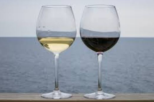 Two Glasses of Wine a Day Can Reduce Cardiovascular Disease and Alzheimer's