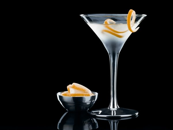 Vesper Martini: How to Prepare a Real James Bond Cocktail